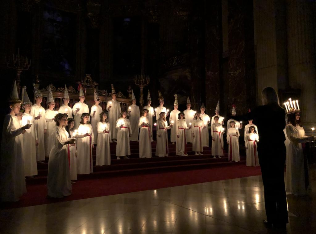 Lucia-Chor im Berliner Dom. Foto: Besser Nord als nie!